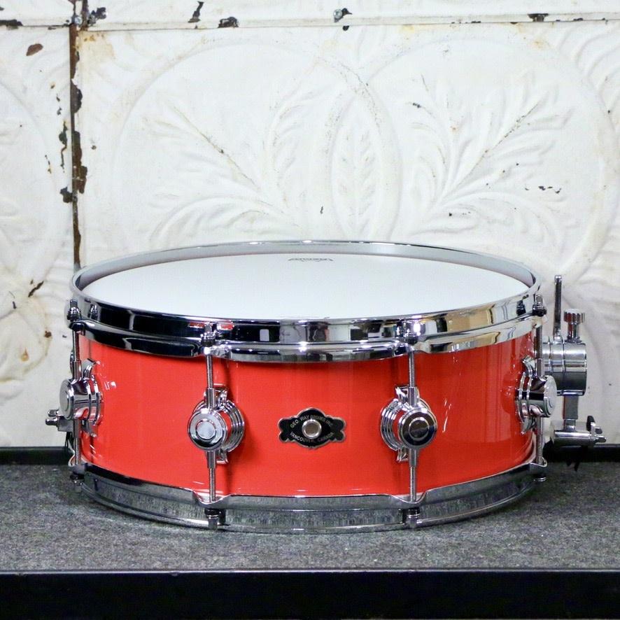 George Way George Way Aristocrat Acacia Snare Drum 14X5.5in - Hot Red