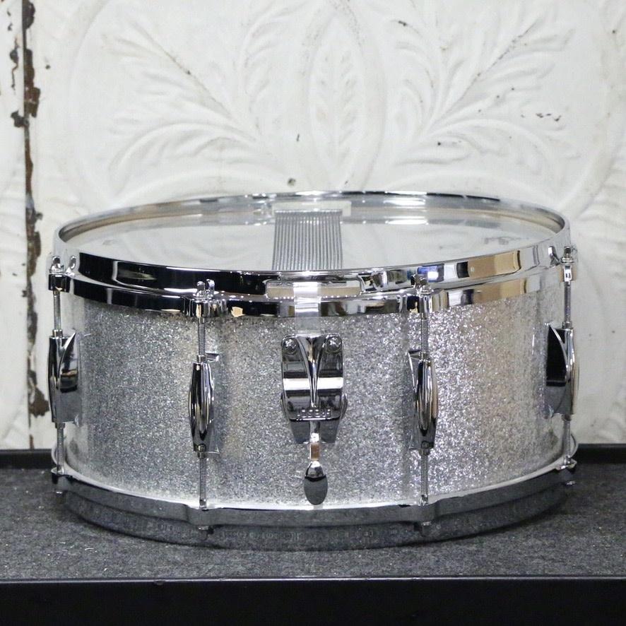 Gretsch Gretsch USA Custom Maple/Gum Snare Drum 14X6.5in  - Silver Sparkle