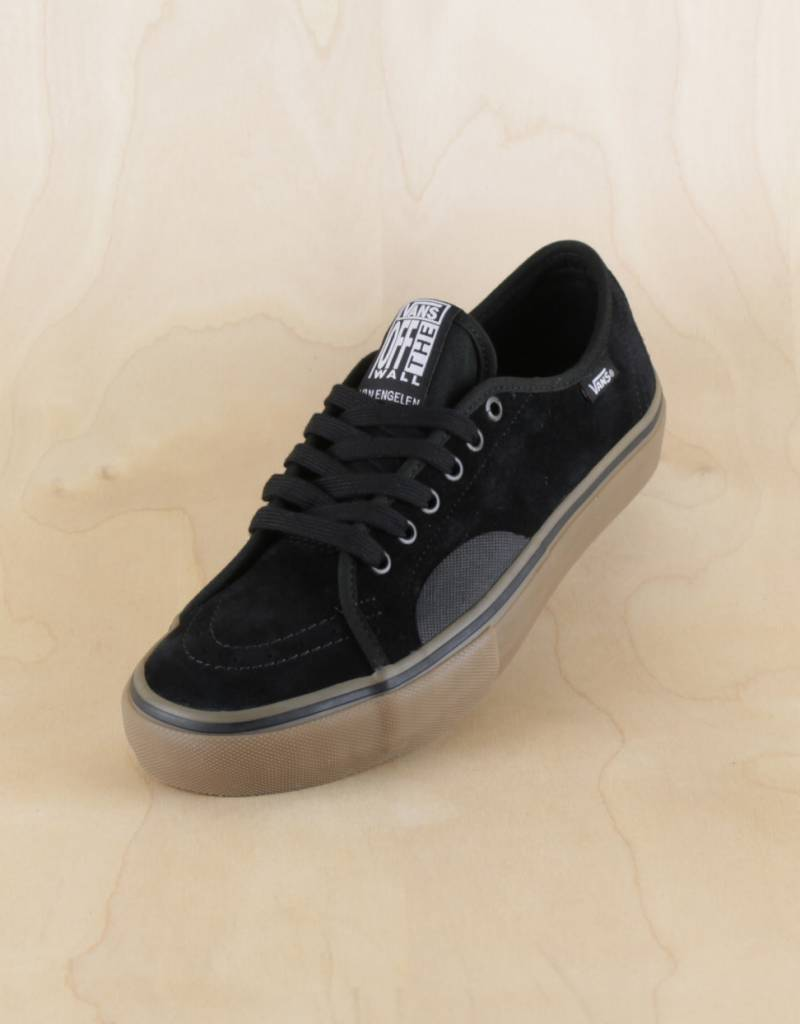 Vans AV Classic Pro Black Gum - The Point Skate Shop - The Point ... bd6aaec5b