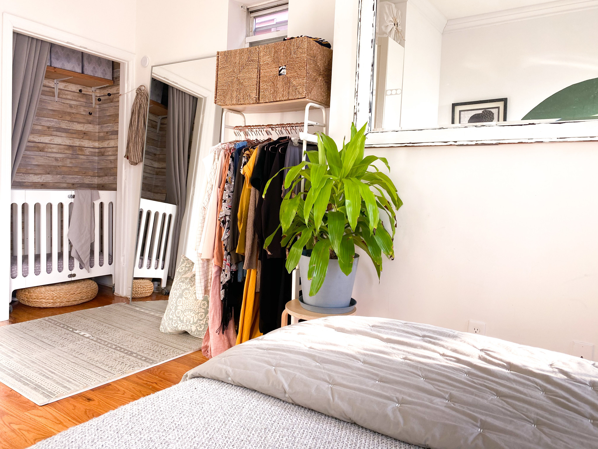kids room design small spaces open closet