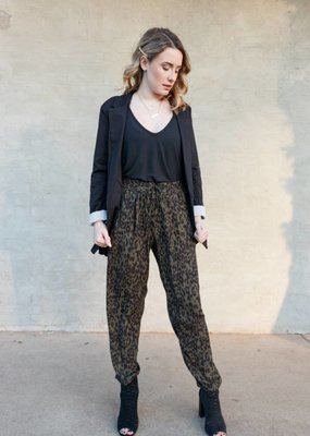 Cuffed Jogger Pant