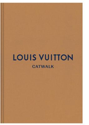 Louis Vuitton: Complete Fashion