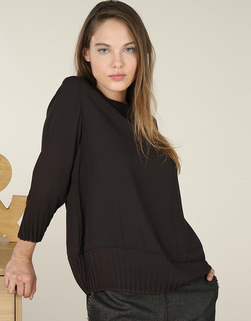 Molly Bracken Accordian Trim Sweater Top