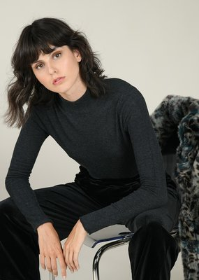 Molly Bracken Turtleneck Sweater Top