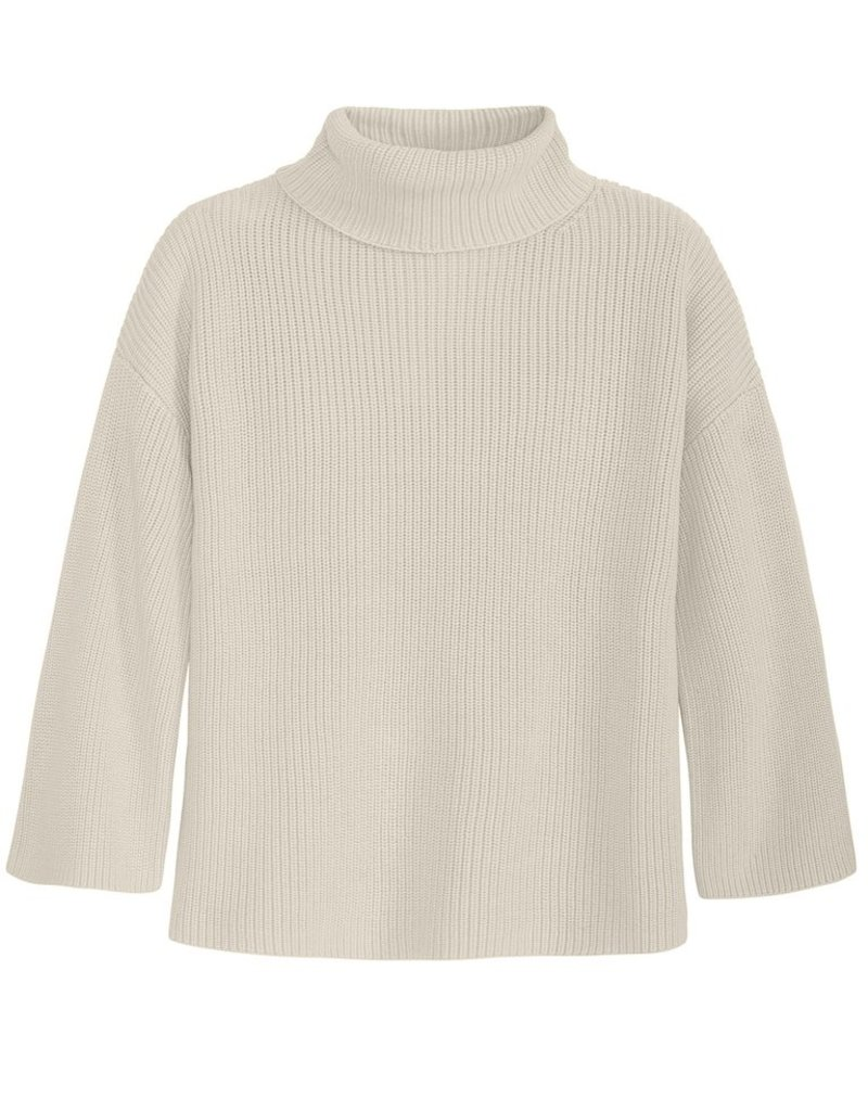 525 America Wide Sleeve Turtleneck