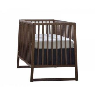 Natart Juvenile Natart Rio - Crib, Walnut