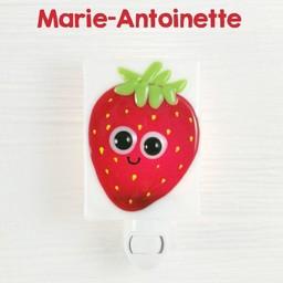 Veille Sur Toi Veille sur Toi - Glass Nightlight Strawberry Marie-Antoinette