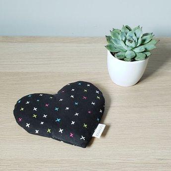 Amma Thérapie Amma Thérapie - Heart Comfort Cushion for Babies, Multicolor Cross
