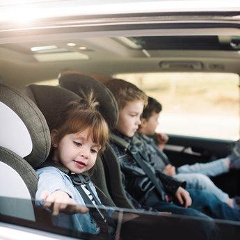 Clek DEMO SALE - Clek FOONF - Crypton Fabric Car Seat, Flamingo