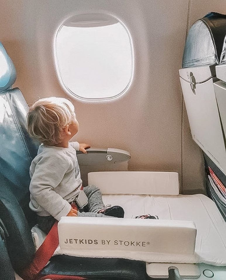 12 objets futés pour voyager avec bébé