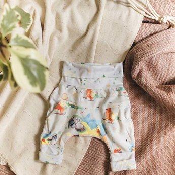 Little Yogi Little Yogi - Grow With Me Pants, Parrots