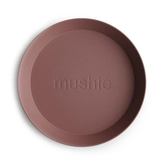 Mushie Mushie - Set of 2 Round Plates, Woodchuck