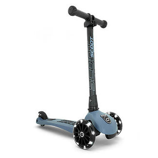 Scoot & Ride Scoot & Ride - Highwaykick 3 LED Scooter, Steel