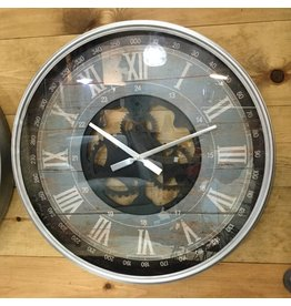 RUSTIC CLOCK WITH GEARS