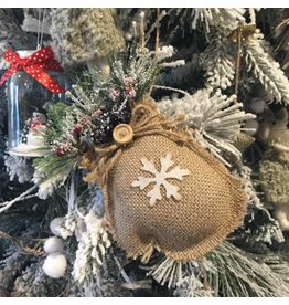 CHRISTMAS MITT ORNAMENT
