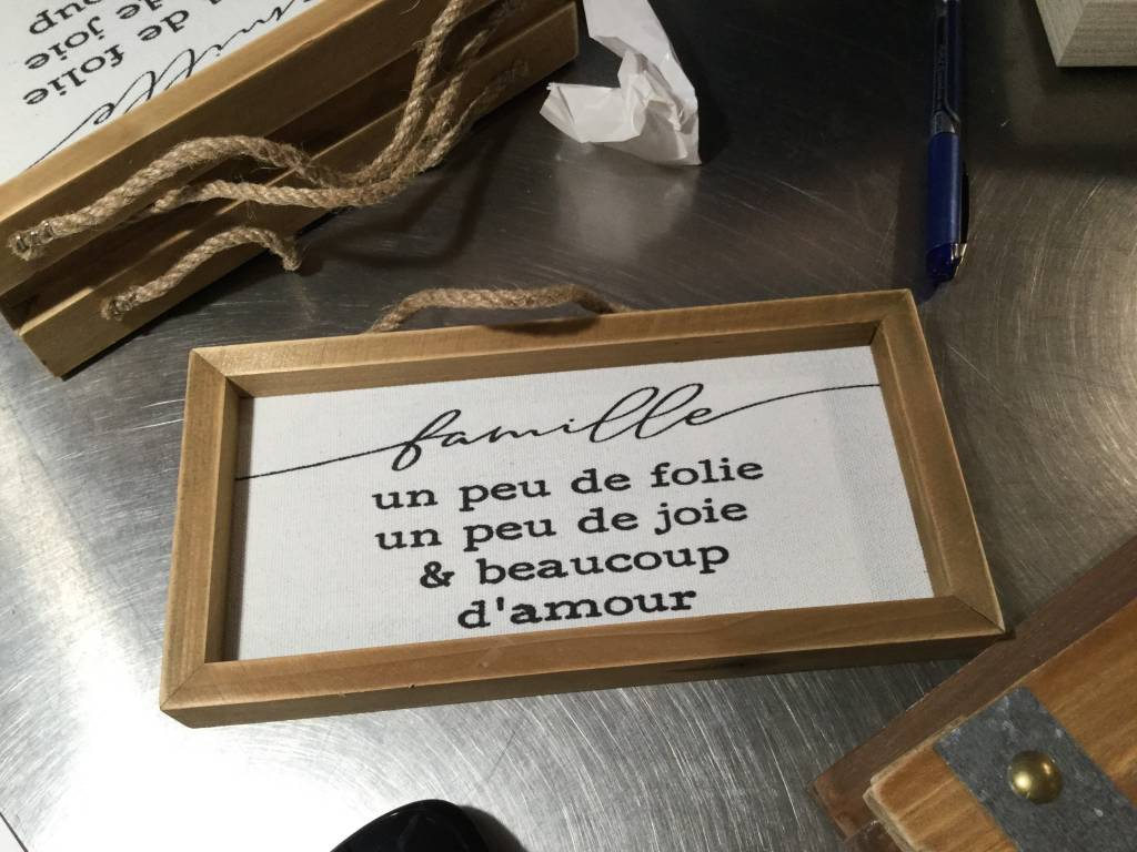 FAMILY TEXT IN RUSTIC FRAME