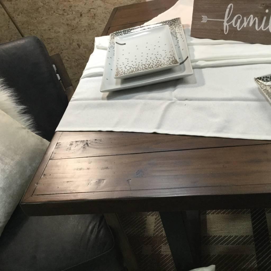NEW YORK MODERN TABLE