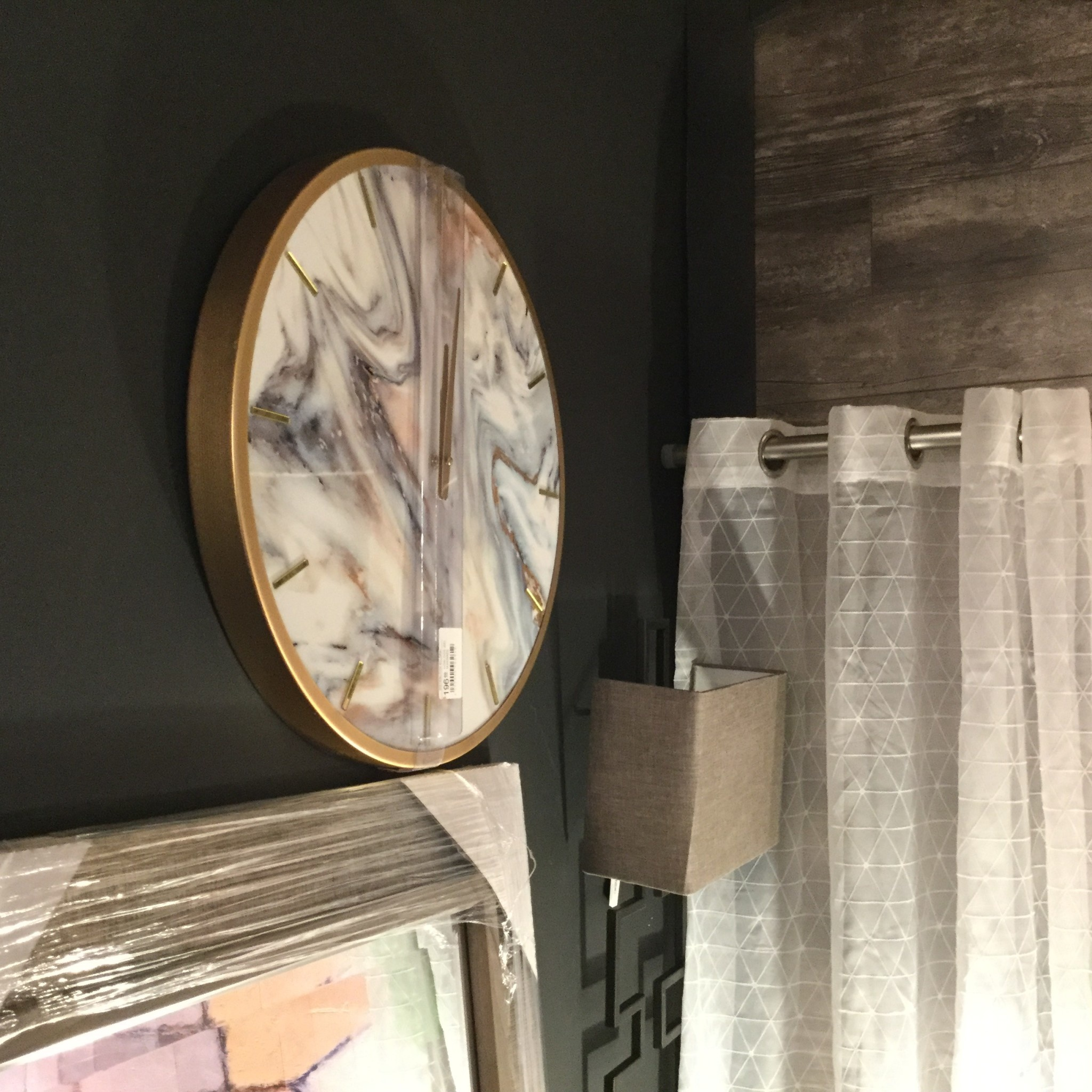 GREY AND GOLD MARBLED CLOCK