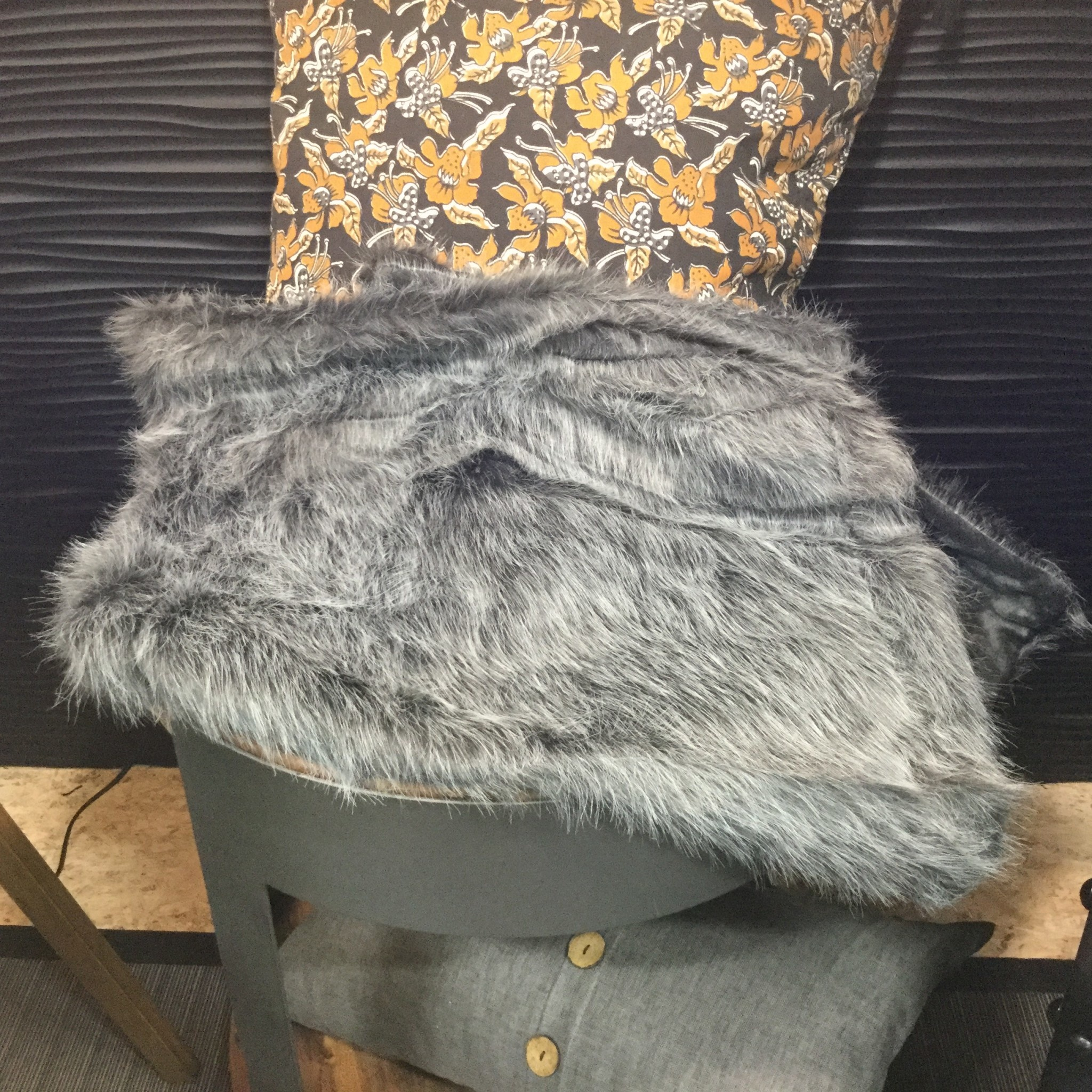 POLKA GREY FUR BEDDING