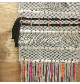 WALL WEAVING WITH BEADS