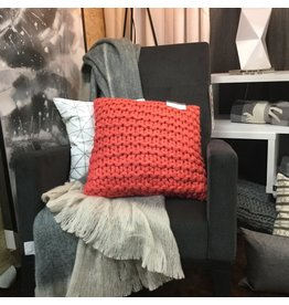 DOROTHY CUSHION IN CORAL