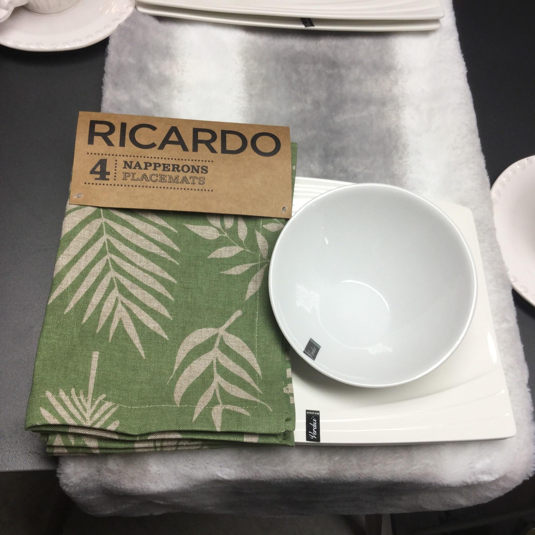 RICARDO PLACEMAT SET OF 4
