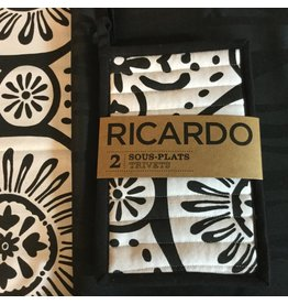 RICARDO TRIVETS SET OF 2