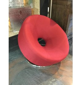 ROUND ACCENT CHAIR