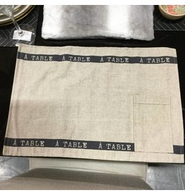 RICARDO 4 PLACEMATS WITH POCKET