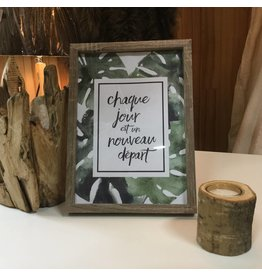 INSPIRATION FRAME WITH FOLIAGE