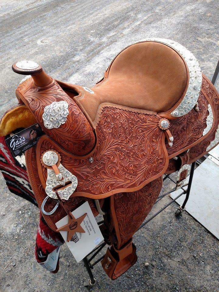 "Alamo 16"" Reg Bar Alamo Show Saddle Light Oil - Reg Price $2095 NOW $1595!!"