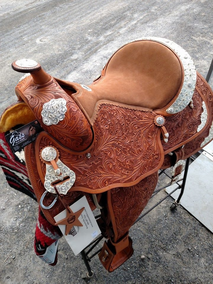 "Alamo 16"" SQHB Alamo Show Saddle Light Oil - Reg Price $2095 NOW $1595!!"