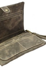 Clutch - Messenger Wallet with Star