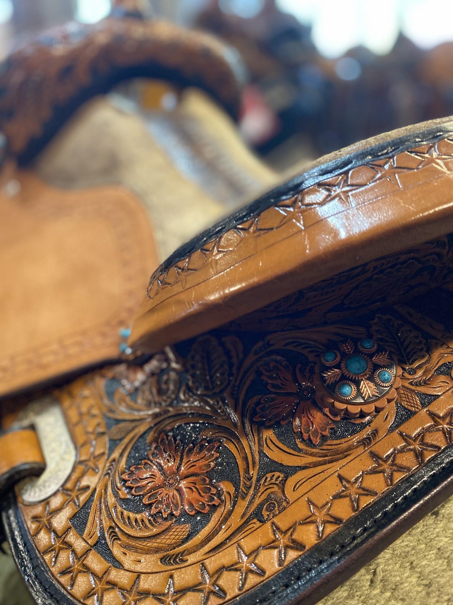 "Circle L 16"" FQHB Circle L Picasso Barrel Saddle"