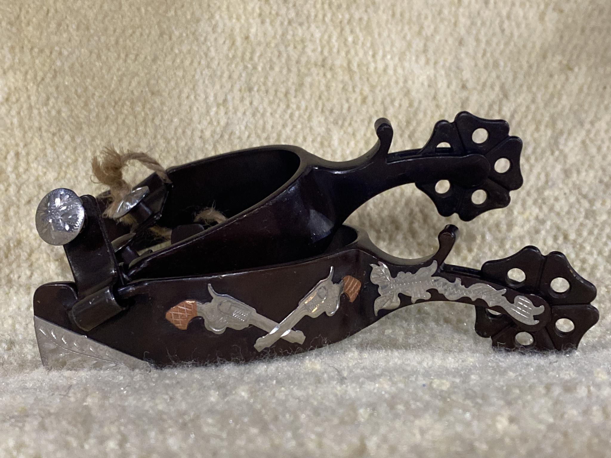 Adult Spurs - Antique Clover Rowel w/ Crossed Pistols