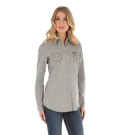 Wrangler Women's Wrangler Long Sleeve Western Snap Front Denim Shirt