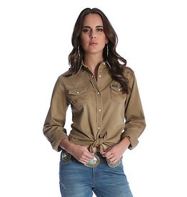 Wrangler Women's Wrangler Long Sleeve Western Snap Front with Front and Back Yokes