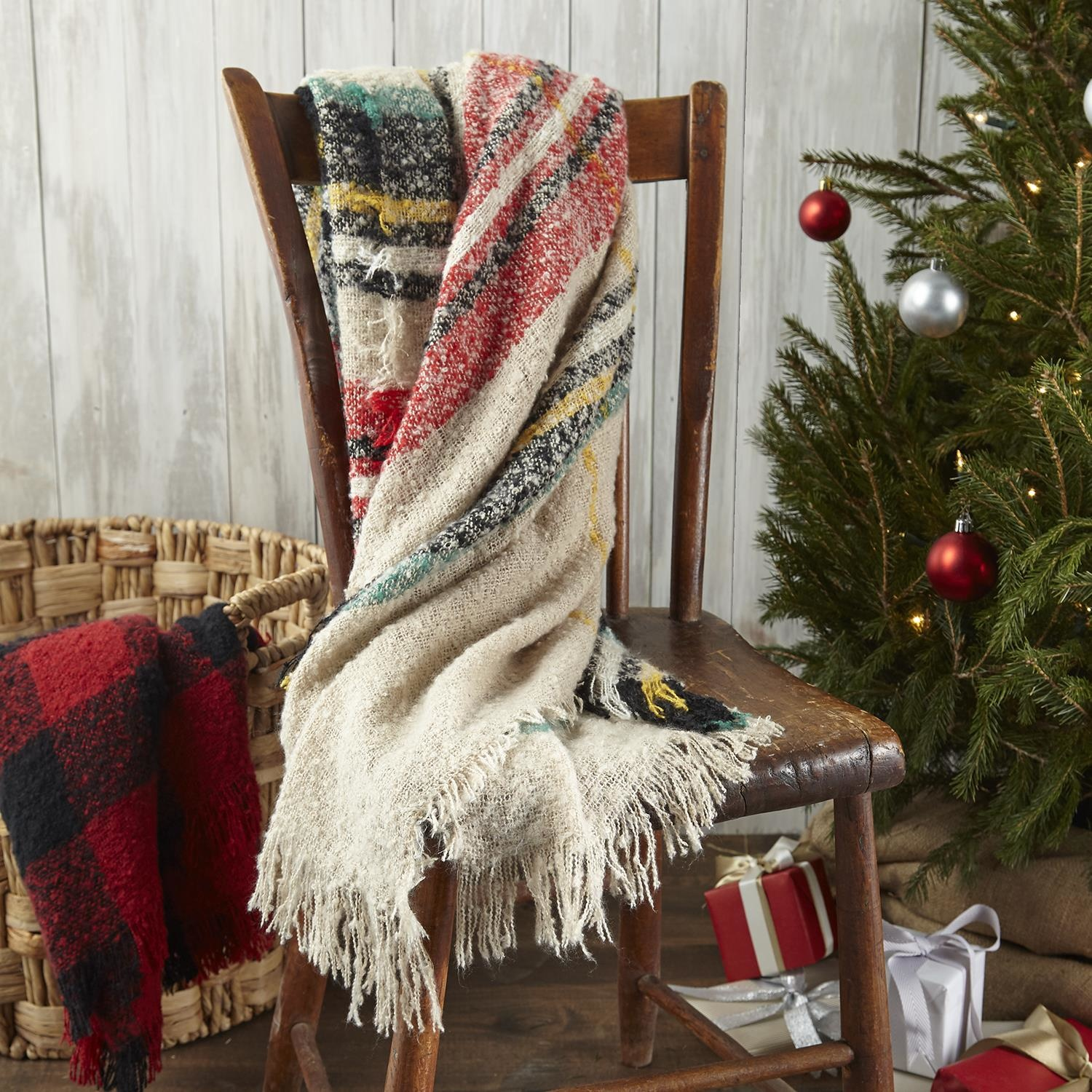 Two's Company Winter Throw