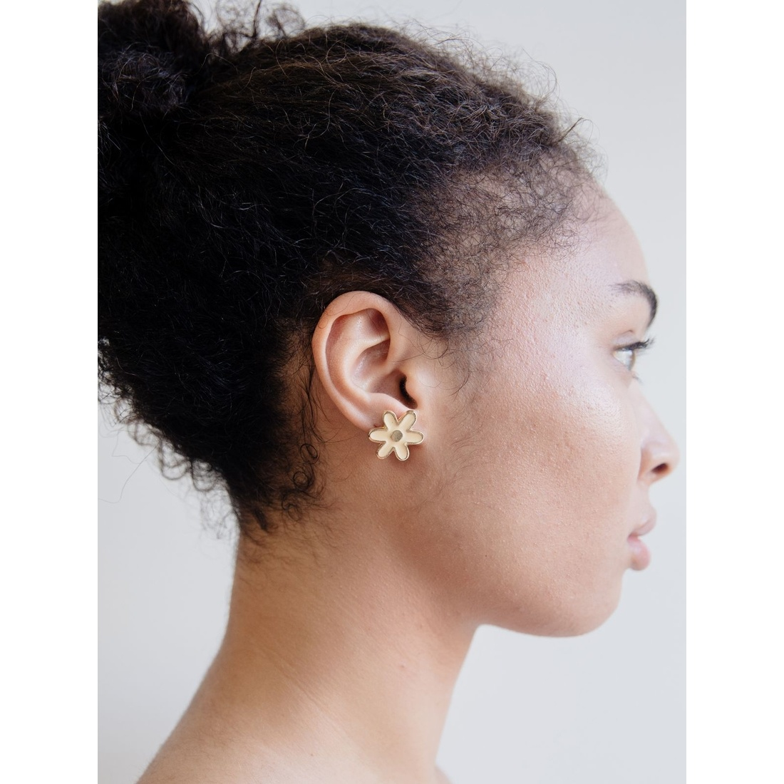 Mata Traders Daisies Stud Earrings