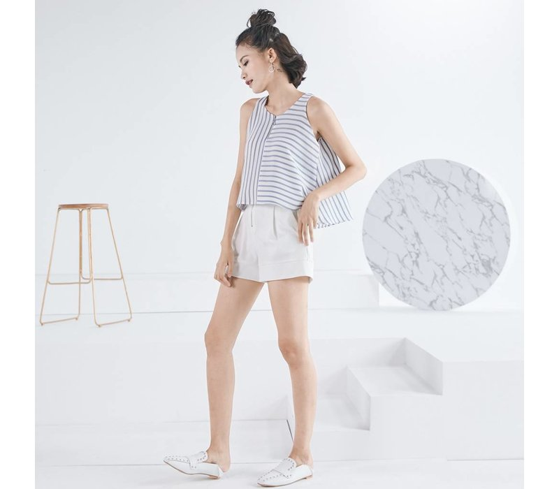 WOODEN ARROW WHITE SHORT PANTS