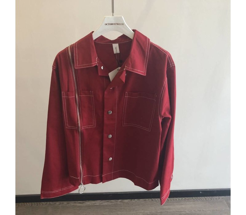 RED JACKET WITH ZIPPER