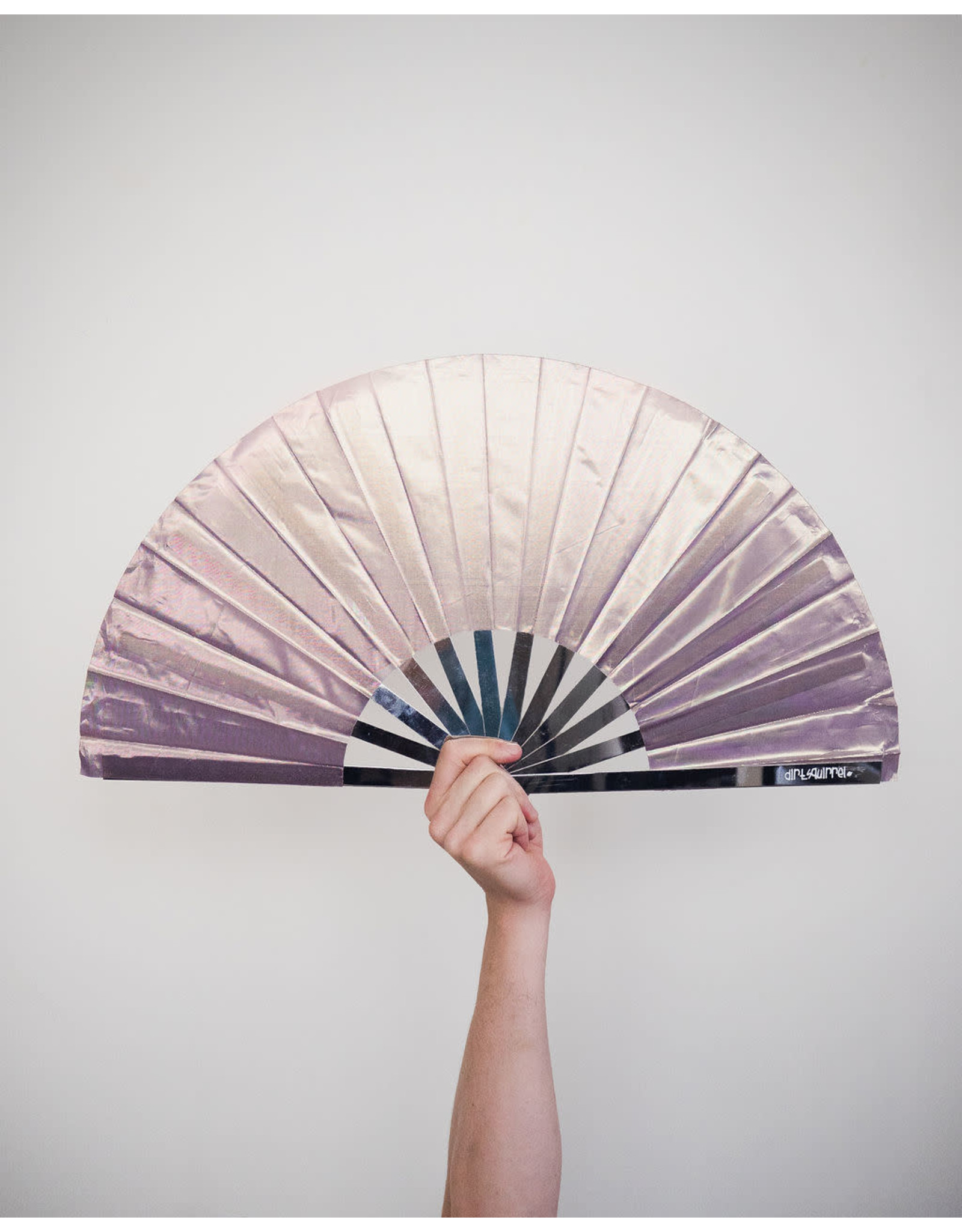 Dirt Squirrel Snapping Fan