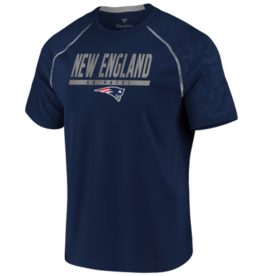 FANATICS New England Patriots Men's Defender Mission Tee