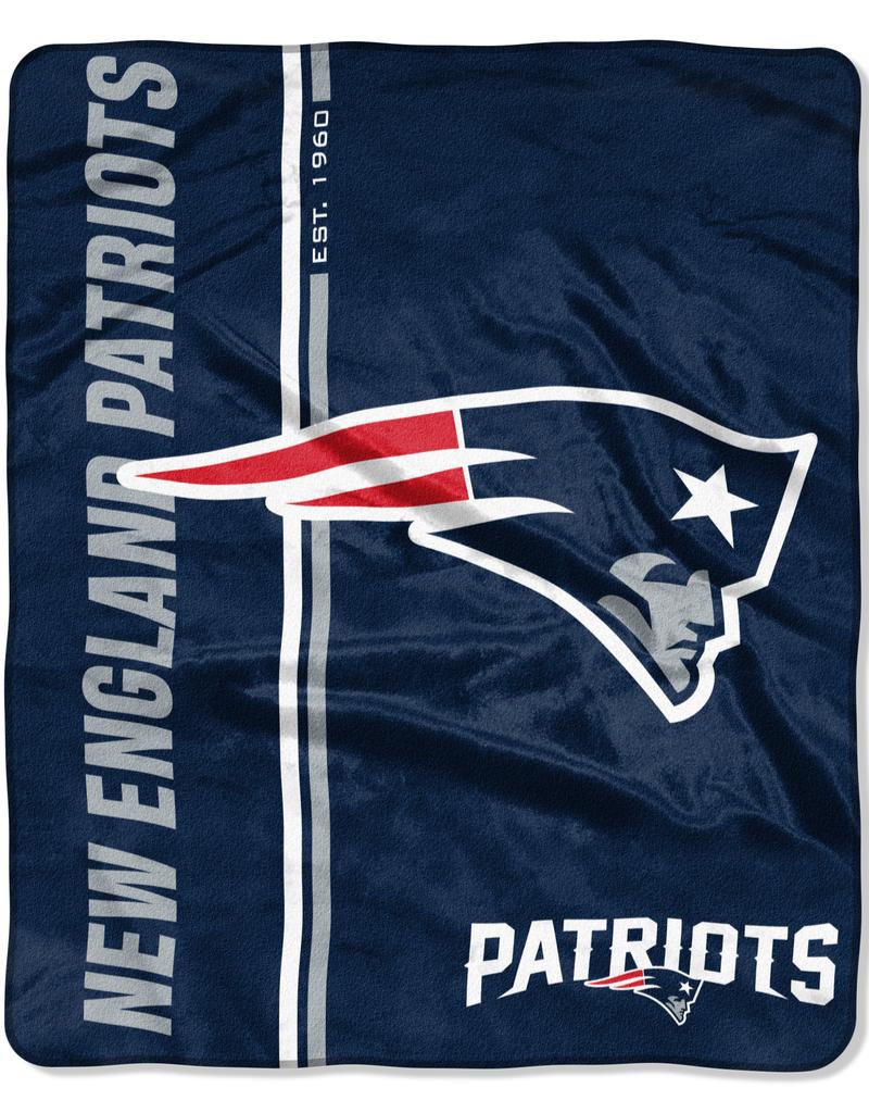 NORTHWEST New England Patriots Restructure Royal Plush Raschel Throw