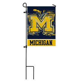 EVERGREEN Michigan Wolverines Justin Pattern Garden Flag