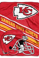 NORTHWEST Kansas City Chiefs 60in x 80in Silk Touch Throw Wrap
