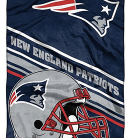 NORTHWEST New England Patriots 60in x 80in Silk Touch Throw Wrap