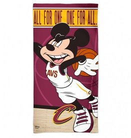 WINCRAFT Cleveland Cavaliers Disney Mickey Mouse Beach Towel