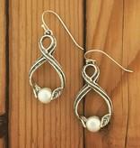 Shablool Silver Twist Earring w Pearl and Leaf