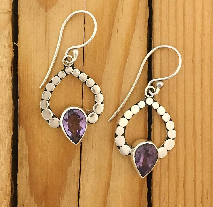 M Style Dotted Ray Amethyst Earring